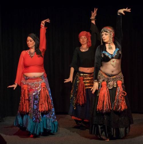 American-Tribal-Style-Sadiya-en-lesgroep