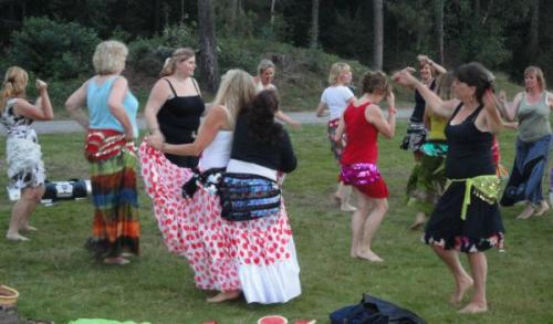 Bellydance-on-the-beach-87
