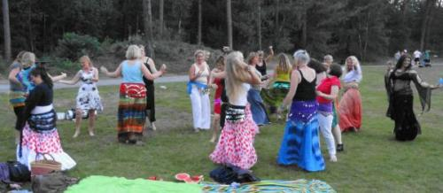 Bellydance-on-the-beach-89